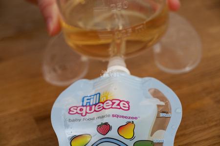 Fill'n Squeeze SUPER MEGA zestaw startowy, 15 saszetek + łyżeczka