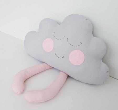 Poduszka Chmurka z różowymi nóżkami, Dolly